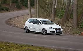 Golf Mk5 vw mkv rear wiper delete blank flush grommet. Glass effect