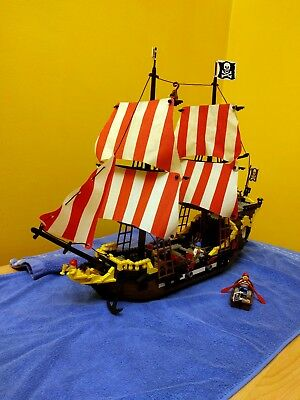 Lego Pirates Black Seas Barracuda 6285 Complete With All Minifigs