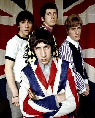 The Who UNSIGNED photograph - M4779 - Pete Townshend & Roger Daltrey - NEW IMAGE