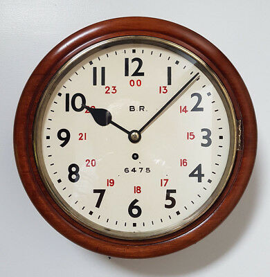 An original railway station/depot clock BR6475 Devons Road London 1948 VG Cond