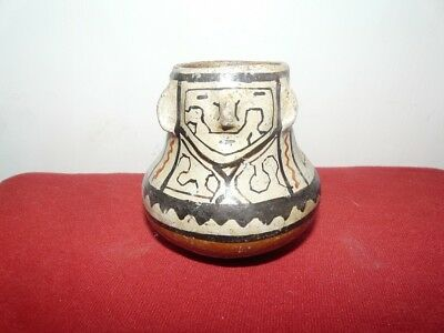 Shipibo Peru Amazon Indian Small Effigy  Pot