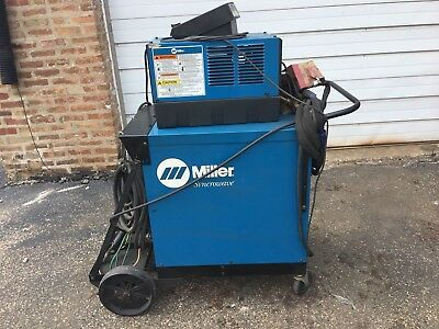 Miller Syncrowave 250 - AC/DC Welder Phase 1 w/foot petal, torch & Coolmale 3