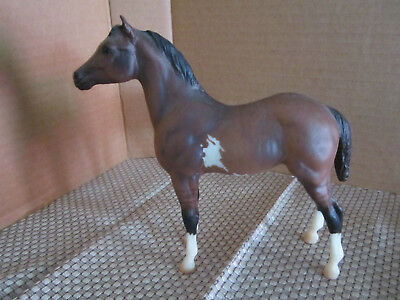 Traditional Breyer Horse Brown Dun Overo Standing Stock Horse Foal LEG BARS EXC