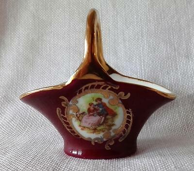 "1970s Porcelain Basket Limoges Goudeville, Romantic ""Fragonard"" Courting Picture"