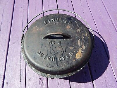 Rare Old Antique Cast Iron Findlay No. 8 Dutch Oven. Fully embossed.