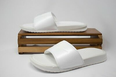 c59ab0cdf2db Nike Benassi JDI Metallic QS Women s Metallic Summit White AA4149-100 NEW