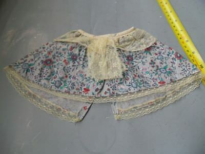 VINTAGE flared CAPE for large doll flower pattern lace trim velcro fixing