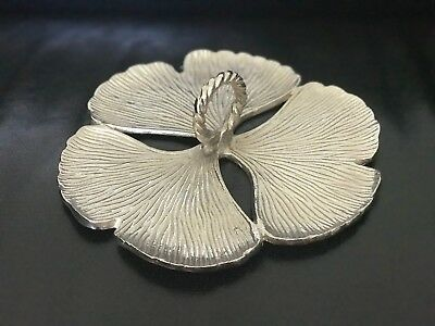 Three Petal Decorative Metal Plate With Handle (Hand Made in India)