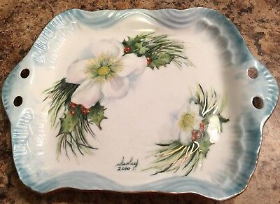 White Poinsettia Christmas Red Green Hand Painted Dish Plate Vintage Pretty