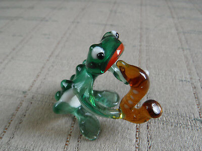 99 CENT SALE *VINTAGE MINIATURE ART GLASS  FROG PLAYING HORN FIGURINE Perfect