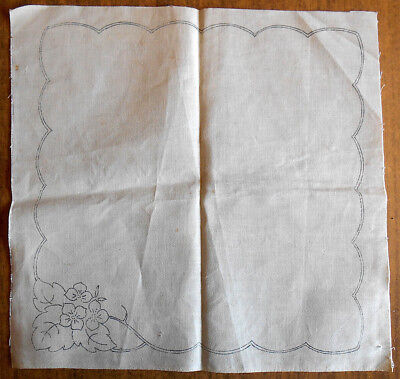 Pair of vintage floral traced linen napkins for cutwork embroidery to do