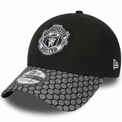 New Era 39Thirty Pl Manchester United Fa18 Stretch Hex Weave Vize Cap Black  Men 967e71593c03