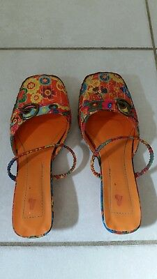 Women Beautiful I Love Billy Tropical Colour Low Heel Shoes Size 7.5 RRP$99.95