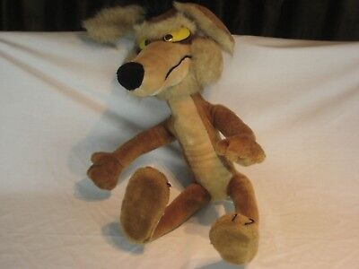 Poseable Wile E. Coyote Plush Doll Warner Brothers 1991 Mighty Star Approx. 26""
