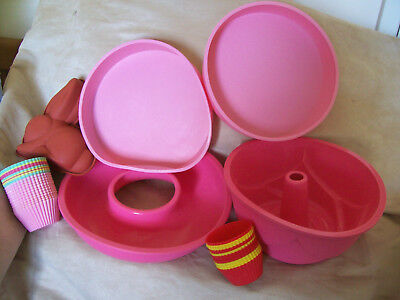 Large Lot Of Silicone Bakeware Molds Large & Small Items Cakes Flans Pie