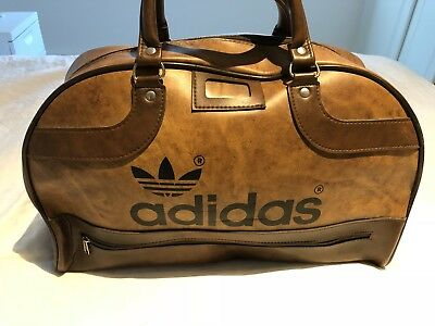 f9934bdcc90 VINTAGE ADIDAS PETER Black Sports Bag Immaculate Original 1970 - EUR ...