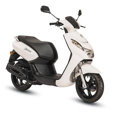 Peugeot Kisbee 50Cc Scooter - White - Brand New - Unregistered - Free Topbox