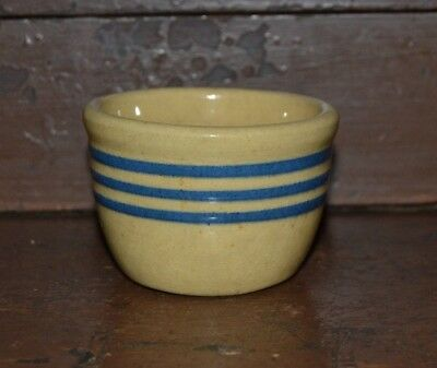Antique Primitive Yellow Ware Stoneware Custard Cup with 3 cobalt blue bands