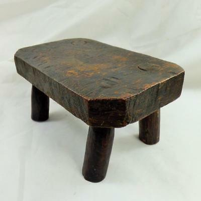 ANTIQUE small MILKING STOOL DISPLAY WOODEN - SOLID VINTAGE original character