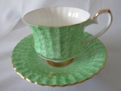 grosvenor cup and saucer green and white deep dished saucer perfect condition