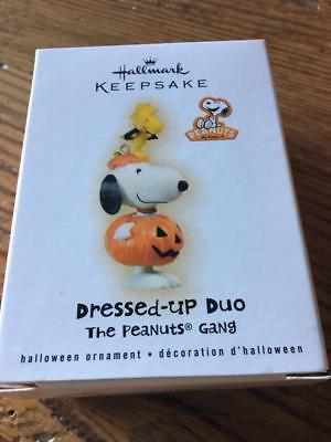 Hallmark Ornament Halloween Dressed-Up Duo The Peanuts Gang 2009 Snoopy