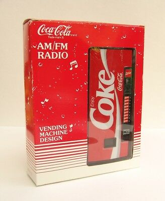 #1274 - COCA COLA Vending Machine Design - Automat - AM/FM Radio - OVP