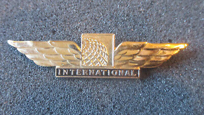 Vintage Continental Airlines  Flight Attendant Wings. Full Size.