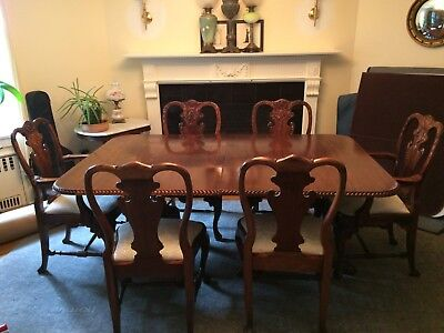 Vintage Hand Carved Mahogany Queen Anne Dining Room Table 3Section 8Chairs 2leaf