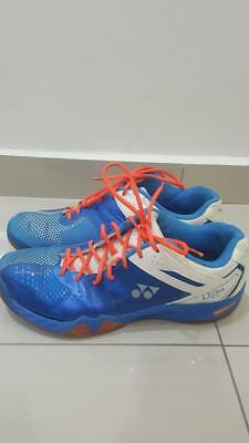Men Badminton Shoes POWER CUSHION 02M ~ USED