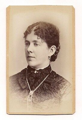 OLD VINTAGE ANTIQUE CDV PHOTO of YOUNG LADY by COLBY MANCHESTER NEW HAMPSHIRE