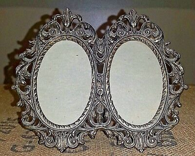 VINTAGE ORNATE DOUBLE Oval Brass Picture Frame - 2.\