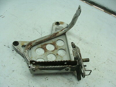 2002 YAMAHA YFS200P BLASTER ATV OEM RIGHT FOOTREST with FASTENERS NO RESERVE
