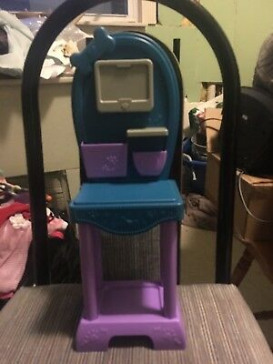 """Pet Grooming Table For An 18"""" Doll"""