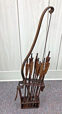 Vintage Antique Japanese Child Bow & Arrow Set Bamboo W/Iron Tipped Arrows