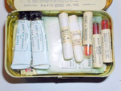 Vintage Antique NEVER USED FIRST AID PACKET DAVIS FULL SAFETY TIN (Make Offer)