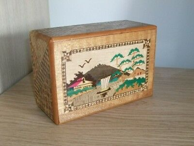 A Vintage 1950's Japanese Puzzle Box Lots Of Moves