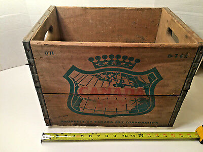 Vintage CANADA DRY Ginger Ale Wood Crate Box Advertising Good Graphics