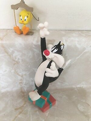 HALLMARK 1995 Looney Tunes SYLVESTER & TWEETY SET OF 2 CHRISTMAS ORNAMENT