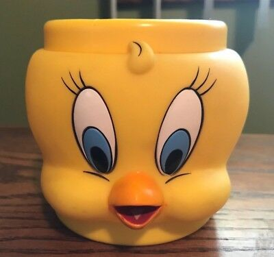 1992 Promotional KFC Tweety Bird Looney Tunes Plastic Mug Collector Coffee Cup