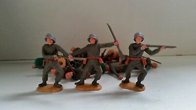 Timpo Swoppett WW2 Soldier whole figures + range of spares