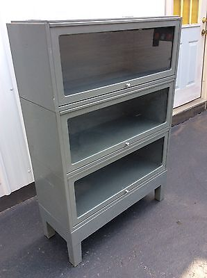 Vtg Globe Wernicke 3 Section Grey Industrial Metal Barrister Bookcase W/ Base