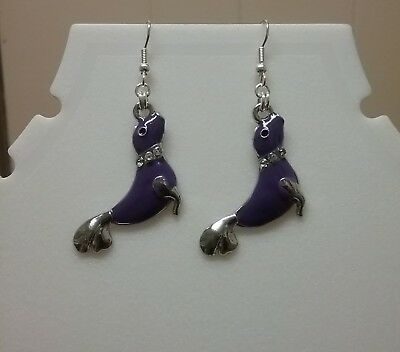 Seal earrings