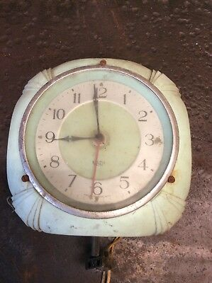 Vintage Smiths Sectric Bakelite Art Deco Electric Kitchen Clock Spares Or Repair