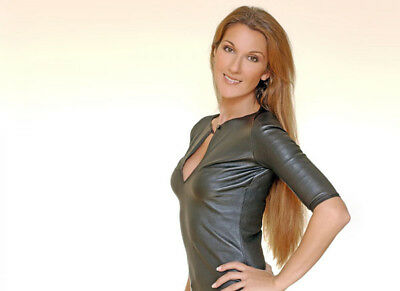 Celine Dion UNSIGNED photograph - Beautiful Canadian singer - M5927 - NEW IMAGE