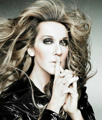 Celine Dion UNSIGNED photograph - Beautiful Canadian singer - M5932 - NEW IMAGE