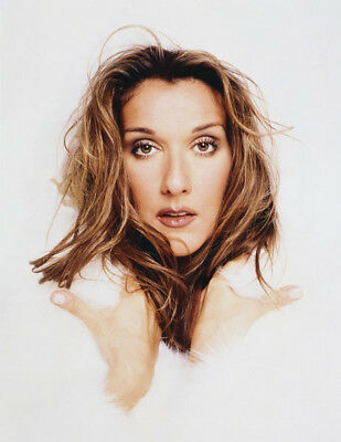 Celine Dion UNSIGNED photograph - Beautiful Canadian singer - M5943 - NEW IMAGE