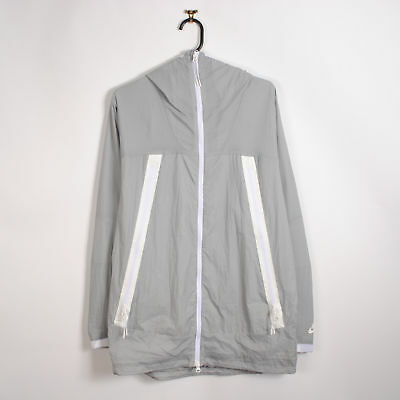 MENS NIKE WINDBREAKER Jacket in Grey Hooded Anorak Medium M - EUR 23 ... c3bfac015