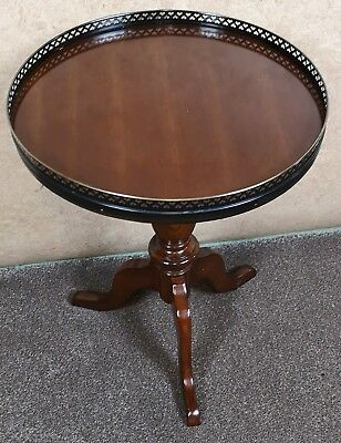 Mahogany Tripod / Wine Table