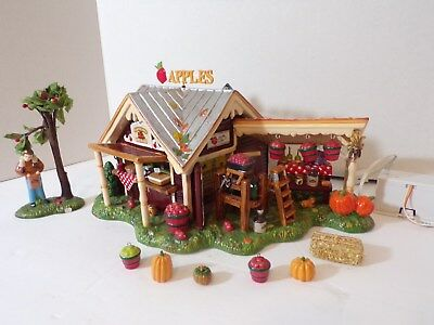 "DEPT 56 Snow Village "" HARVEST APPLE ORCHARD ""  55388 ( Cute )"