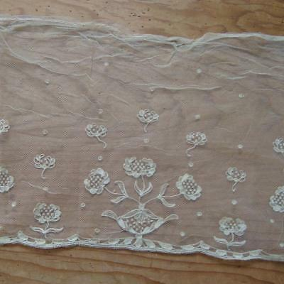 X24 - Antique Delicate Embroidered Wide Lace Length - Dentelle Ancienne